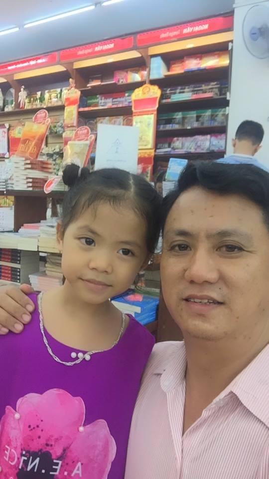 Ảnh Bùi Văn Trúc và con gái